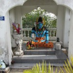 A murti just off the path.