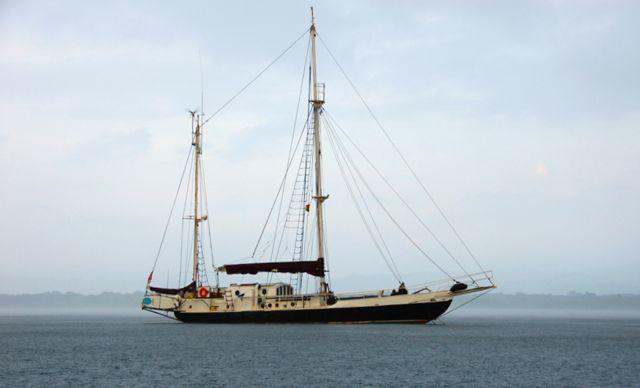 Sailing vessel Joana.