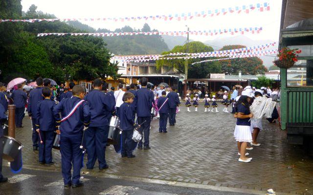 Schools parade in Boquete.