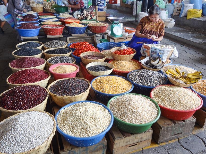 The market at Antigua